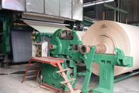 Máy móc, thiết bị của nhà máy giấy HHP cũ kỹ, lạc hậu.