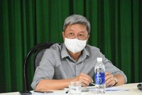 Thứ trưởng Bộ Y tế Nguyễn Trường Sơn chủ trì cuộc họp. (Ảnh: PV/Vietnam+).
