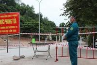 Chốt phong tỏa khu dân cư phường 1, thành phố Tuy Hòa, Phú Yên. (Ảnh: Phạm Cường/TTXVN).