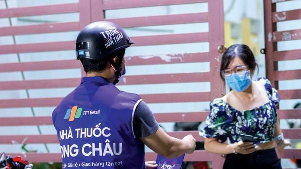 6 tháng đầu năm, chuỗi nhà thuốc Long Châu ghi nhận 1.336 tỷ đồng doanh thu, gấp 3 lần cùng kỳ năm ngoái.