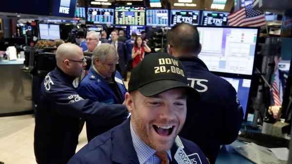 Giới đầu tư bình thản trước bức tranh kinh tế sáng