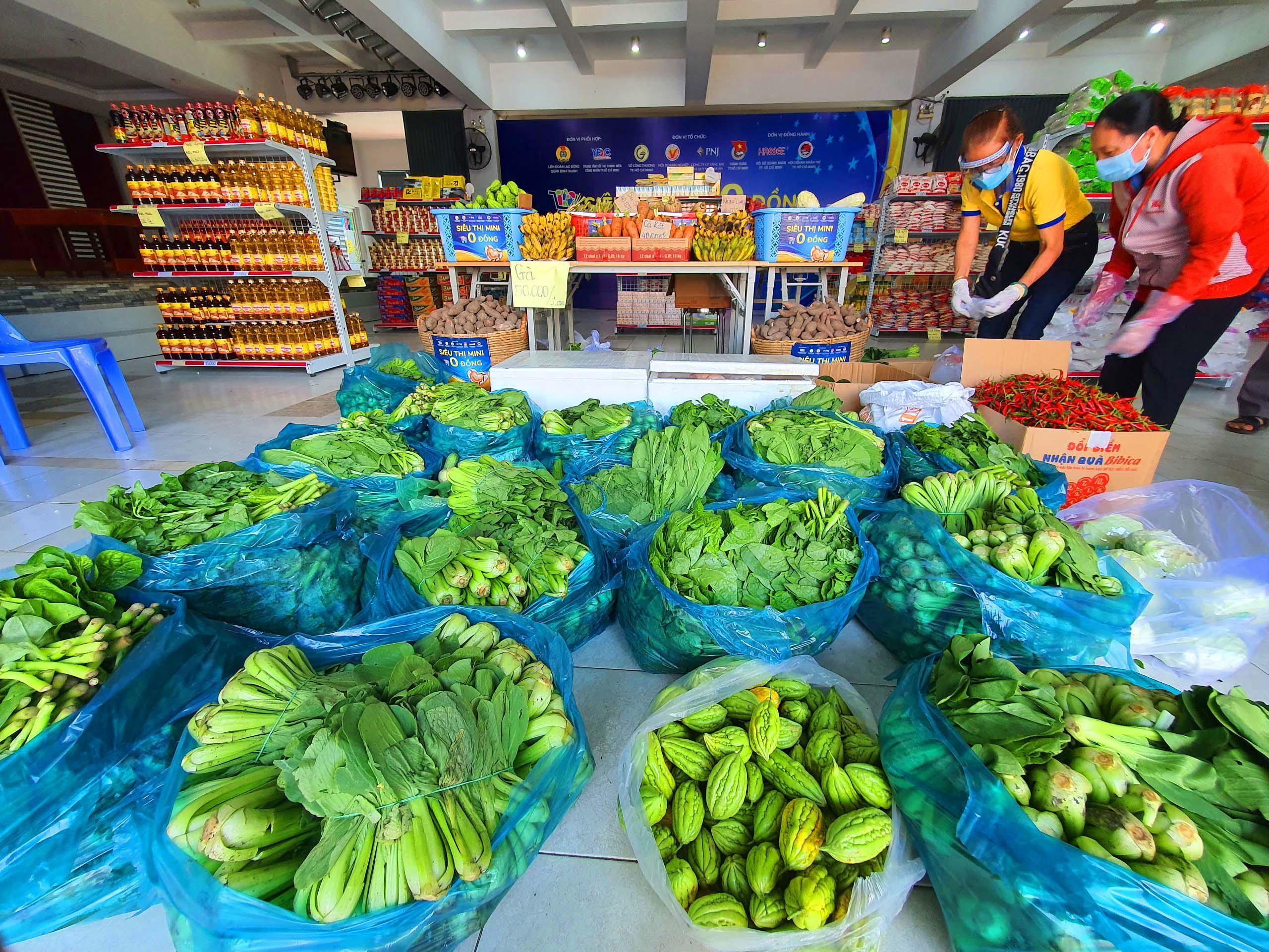 PNJ mở nhiều siêu thị 0 đồng để hỗ trợ người dân bị ảnh hưởng bởi Covid-19