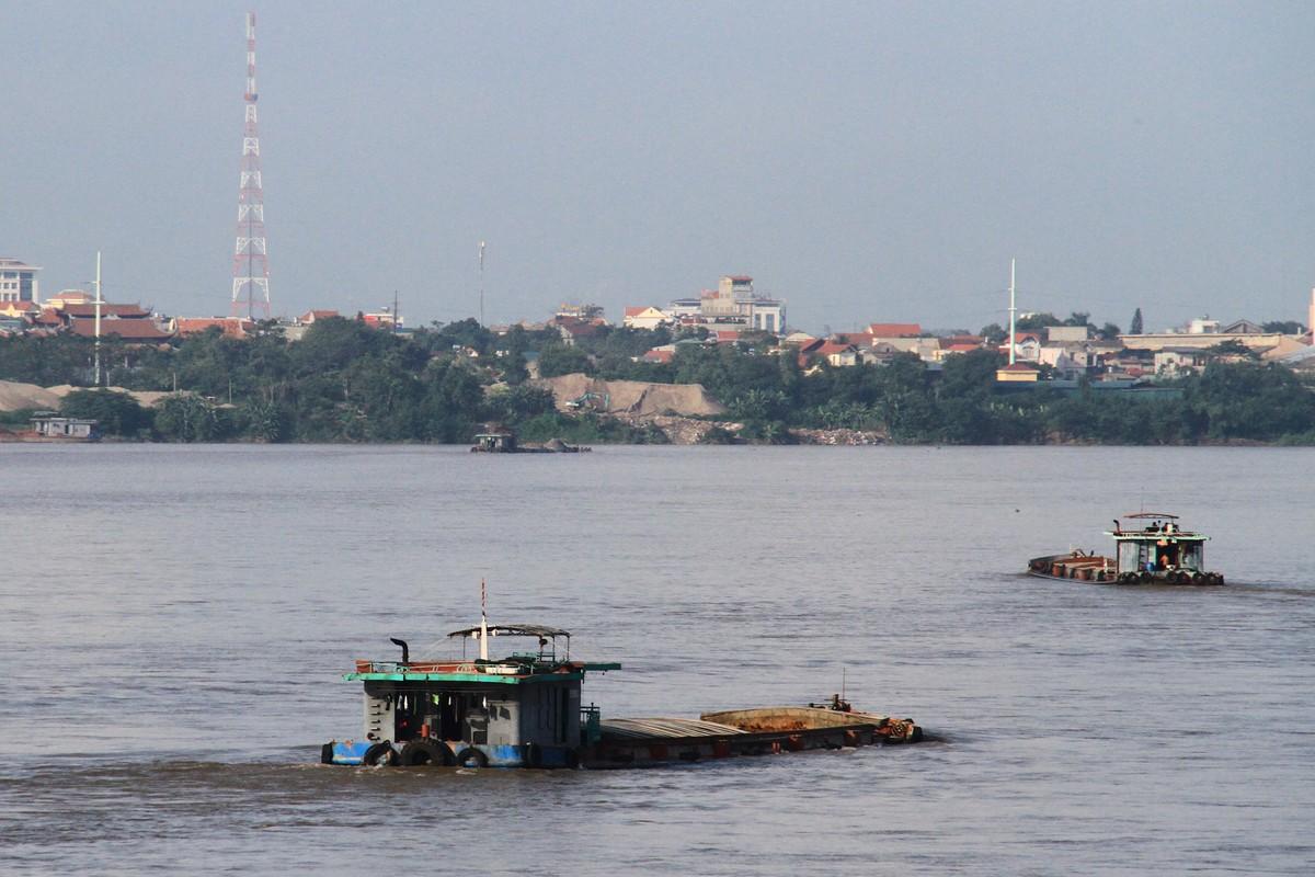 Ba Vì, Hà Nội: Tàu hút cát hoạt động ngày đêm ảnh 10