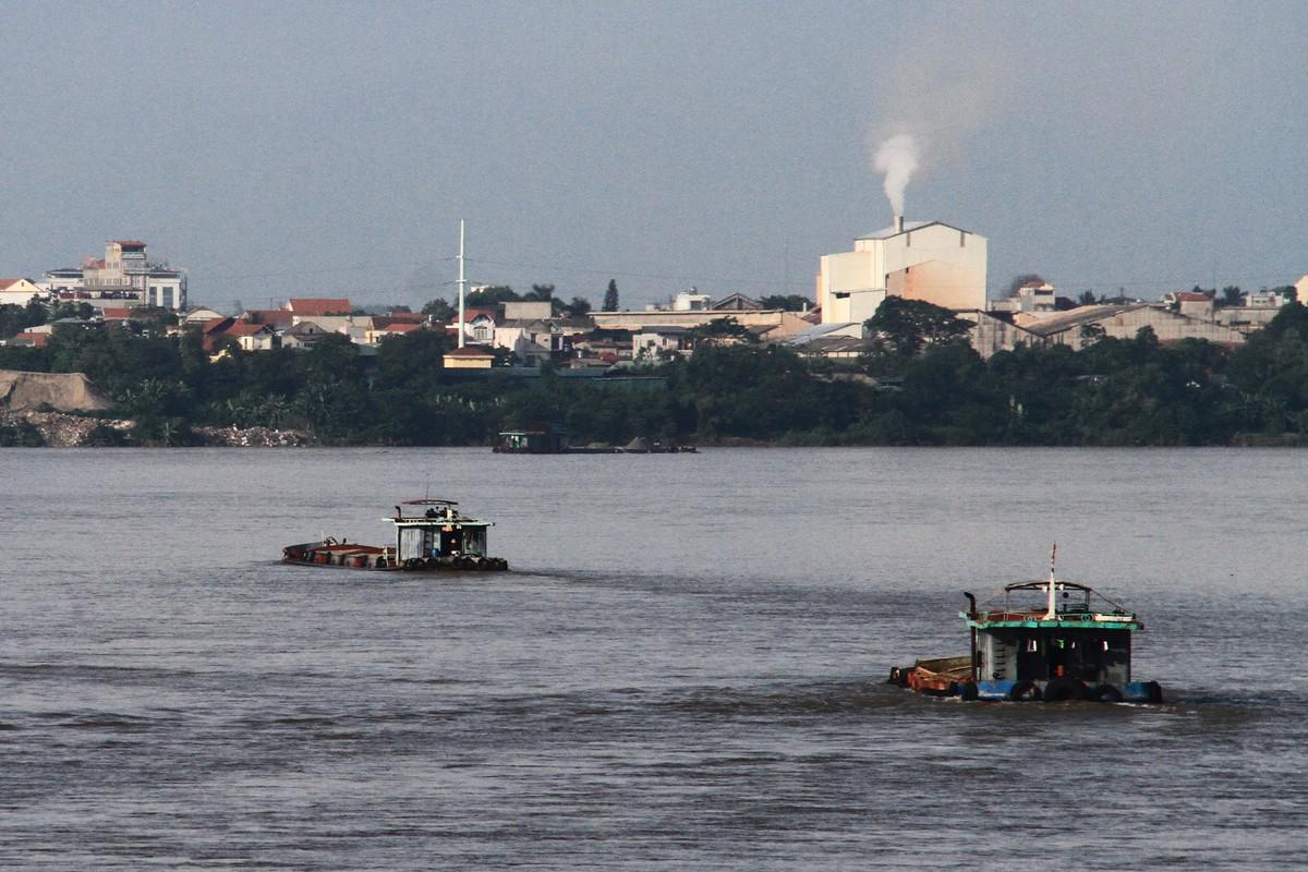 Ba Vì, Hà Nội: Tàu hút cát hoạt động ngày đêm ảnh 9