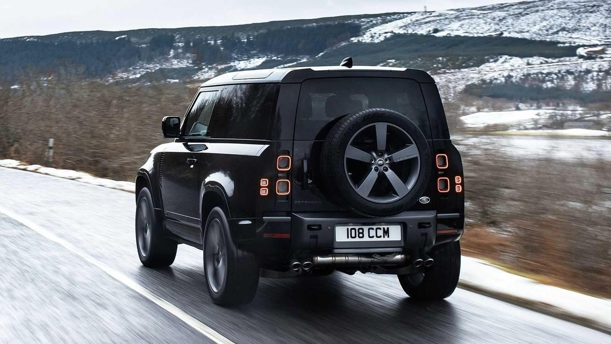 Land Rover Defender V8 2022: Phiên bản nâng cấp động cơ V8 siêu nạp 5.0L đem đến sức mạnh vượt trội ảnh 5