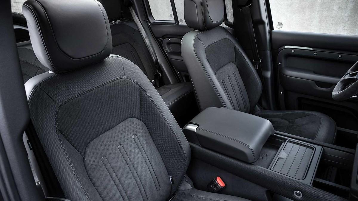 Land Rover Defender V8 2022: Phiên bản nâng cấp động cơ V8 siêu nạp 5.0L đem đến sức mạnh vượt trội ảnh 8