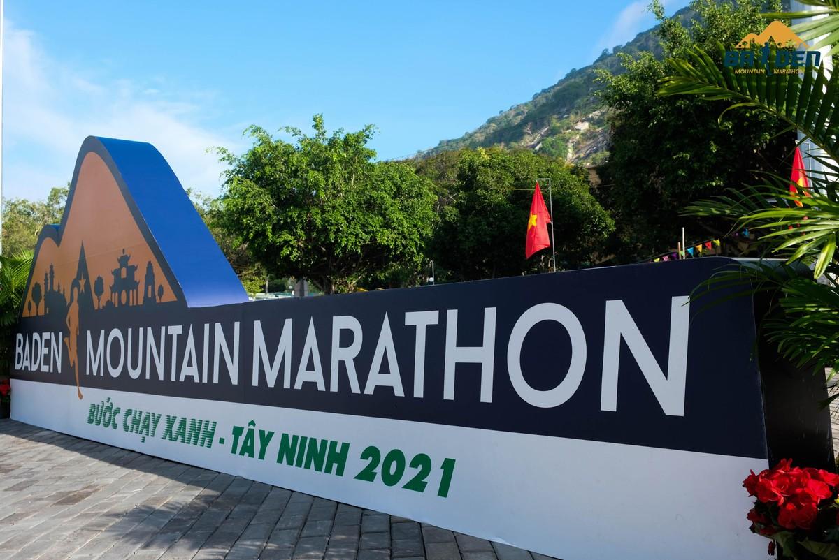Ấn tượng với giải chạy marathon quy mô đầu tiên của Tây Ninh ảnh 1