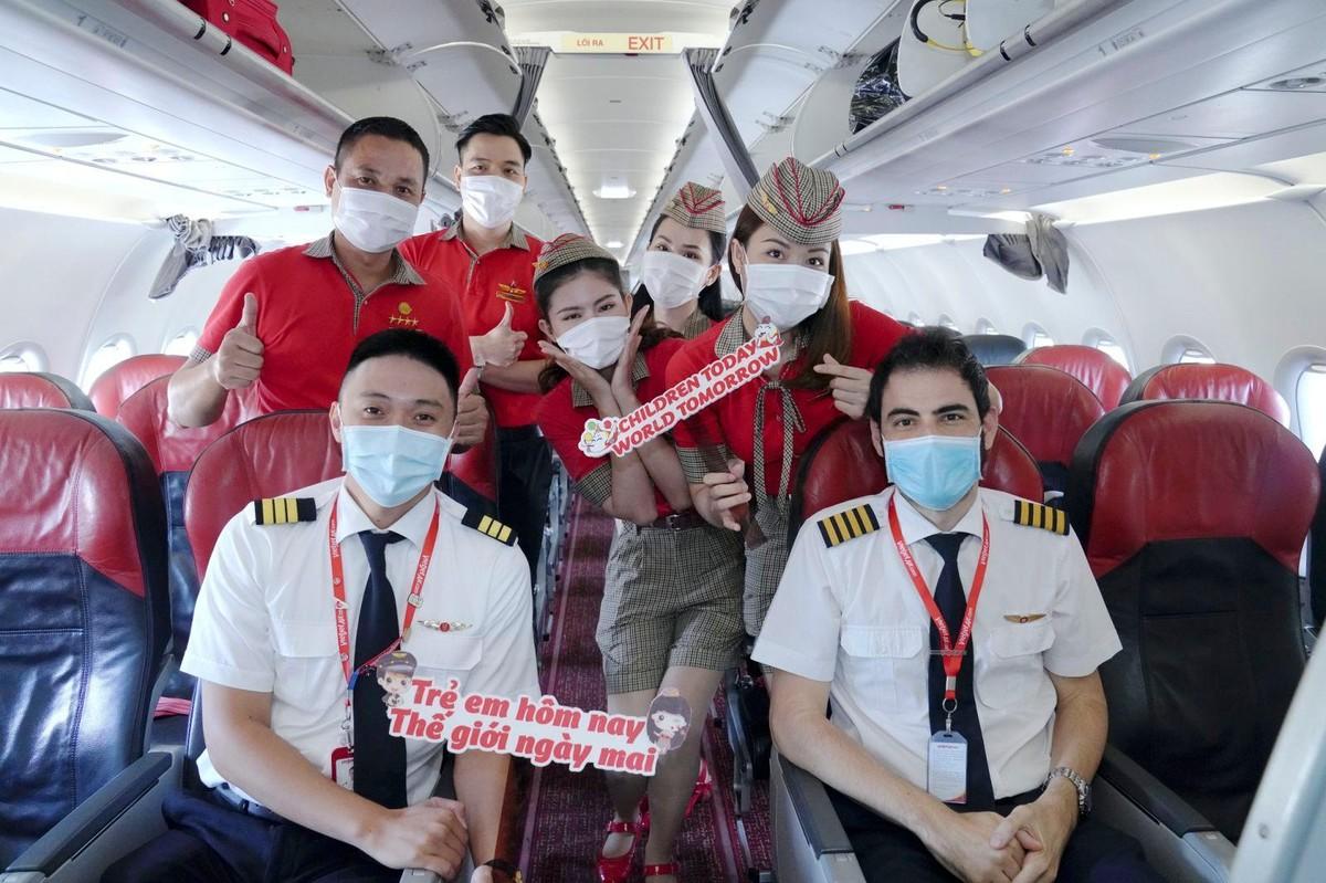 Vietjet lan toả niềm vui bằng hoạt động đặc biệt nhân ngày Quốc tế Thiếu nhi ảnh 12