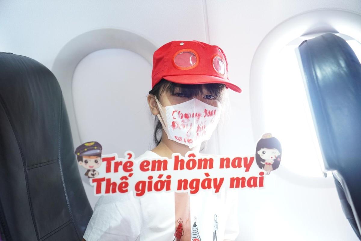 Vietjet lan toả niềm vui bằng hoạt động đặc biệt nhân ngày Quốc tế Thiếu nhi ảnh 7