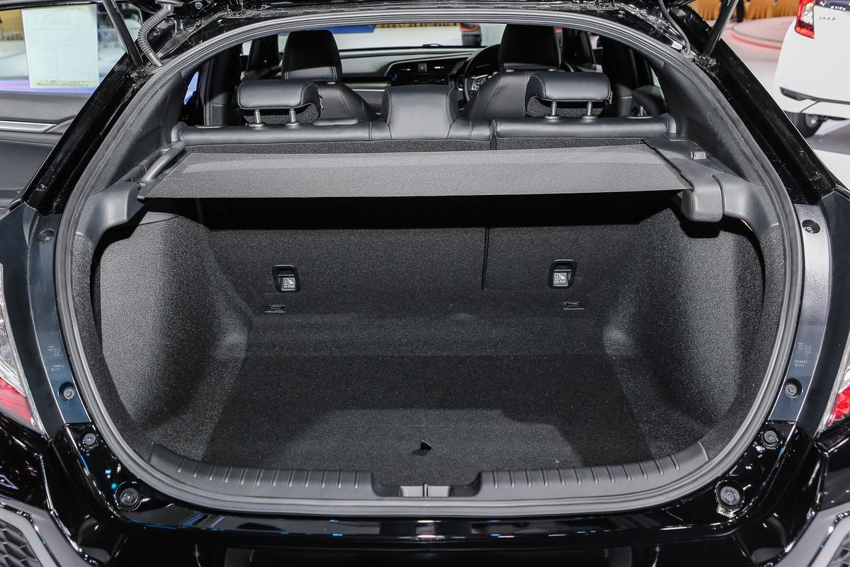 Honda Civic Red - chiếc hatchback thể thao ảnh 8