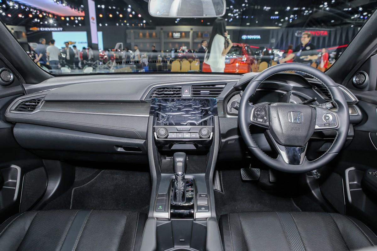 Honda Civic Red - chiếc hatchback thể thao ảnh 6
