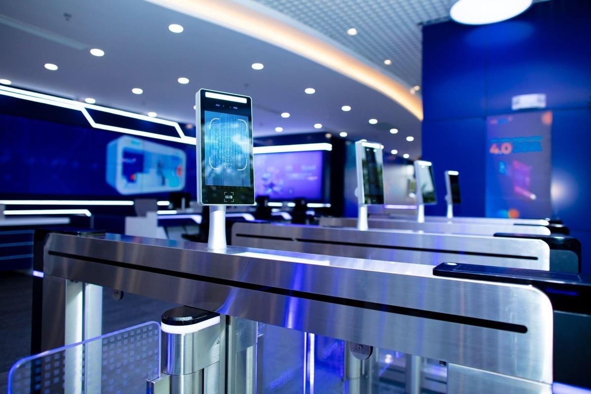 Ngân hàng Kiên Long và lộ trình chuyển đổi số - Từ phòng giao dịch 5 sao đến Digital Bank toàn diện ảnh 2