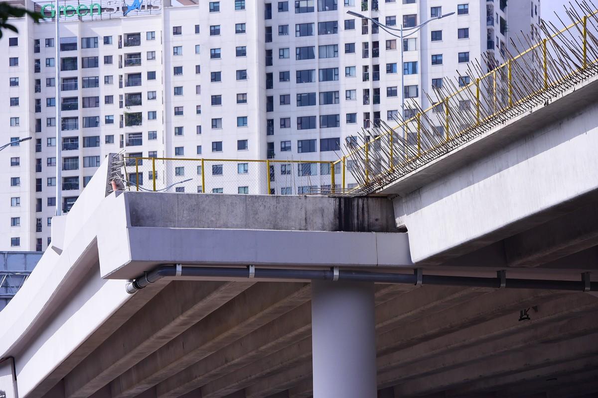 Chuẩn bị thông xe, vành đai 3 trên cao đoạn Mai Dịch - Nam Thăng Long vẫn chưa có lối lên xuống ảnh 8