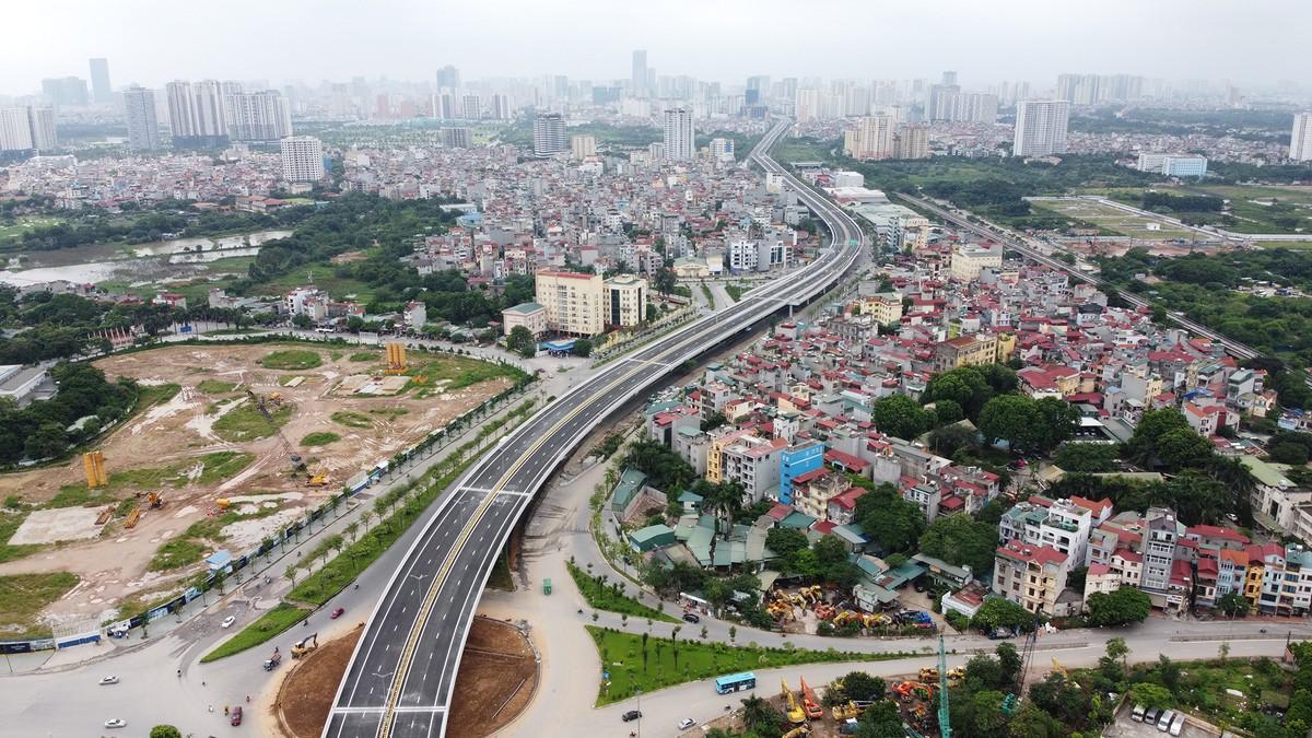 Chuẩn bị thông xe, vành đai 3 trên cao đoạn Mai Dịch - Nam Thăng Long vẫn chưa có lối lên xuống ảnh 2