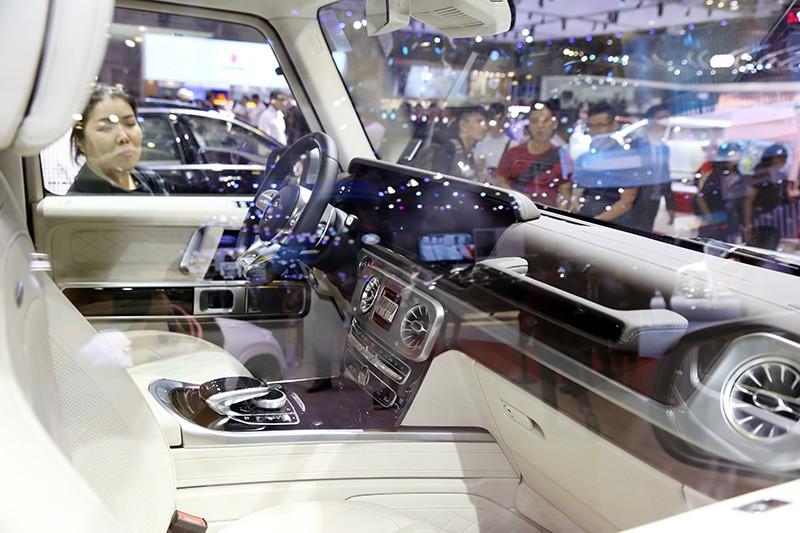 Vietnam Motor Show 2019: Mẫu đẹp - xế sang, gian hàng của Mercedes-Benz hút khách ảnh 8