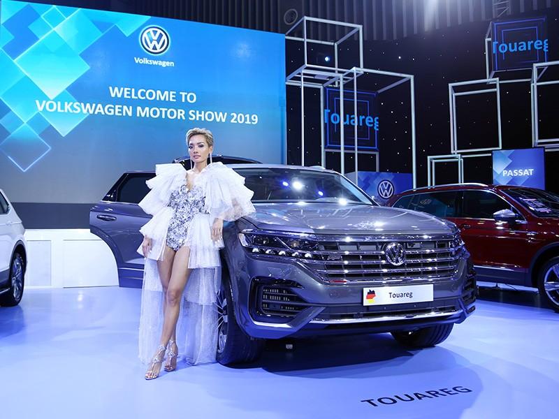Vietnam Motor Show 2019: Volkswagen Touareg giá hơn 3 tỷ đồng có gì đặc biệt? ảnh 1