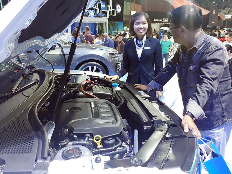 Vietnam Motor Show 2019: Volkswagen Touareg giá hơn 3 tỷ đồng có gì đặc biệt? ảnh 2