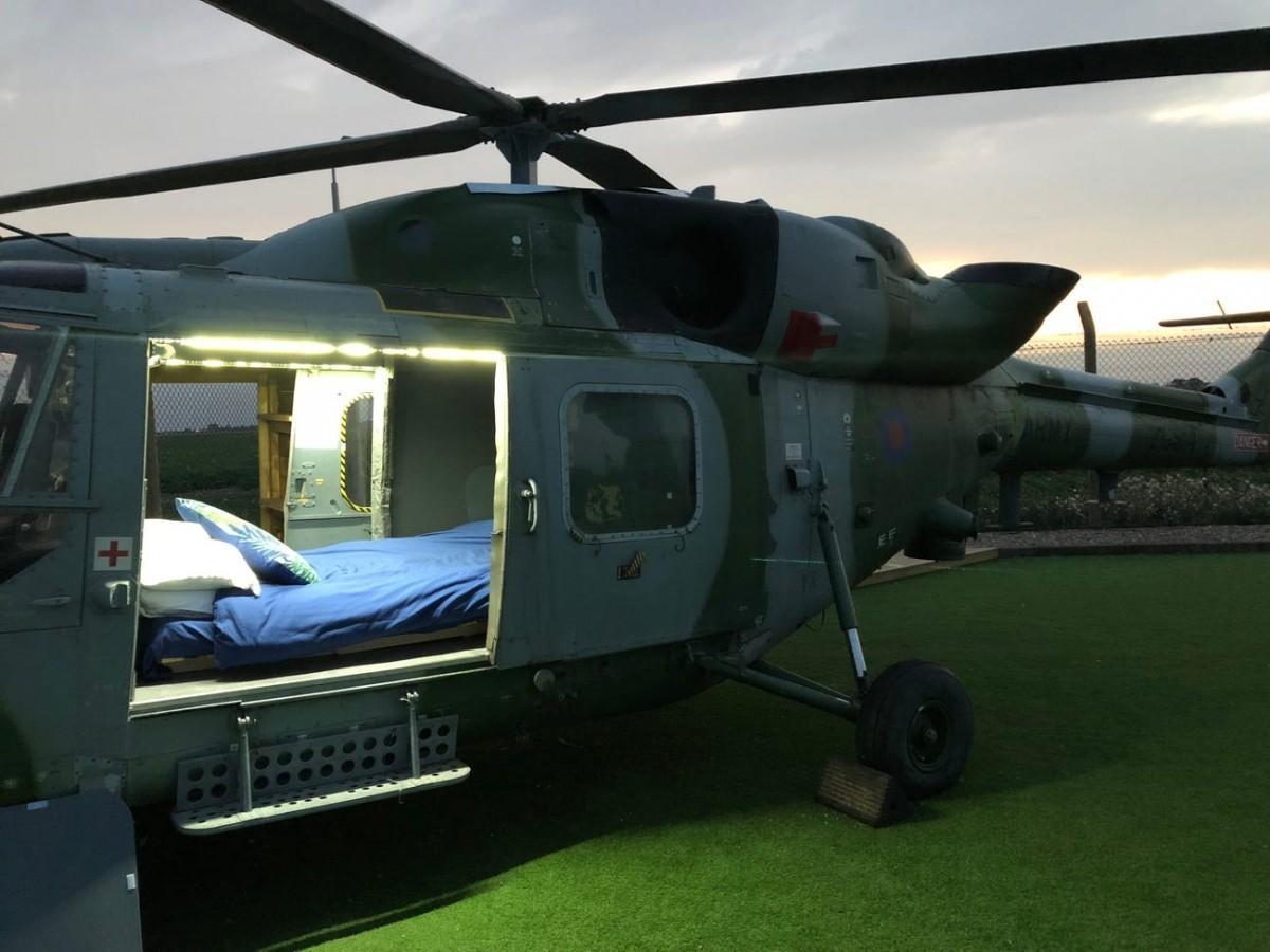 """Bên trong """"khách sạn"""" trực thăng có một không hai tại Anh ảnh 3"""