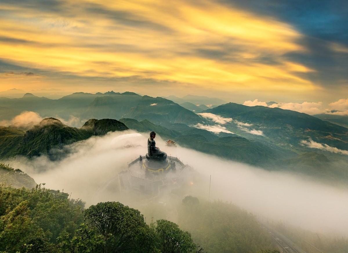 Nửa thập kỷ thắp sáng đỉnh Fansipan, gọi Sa Pa bốn mùa xuân về ảnh 19