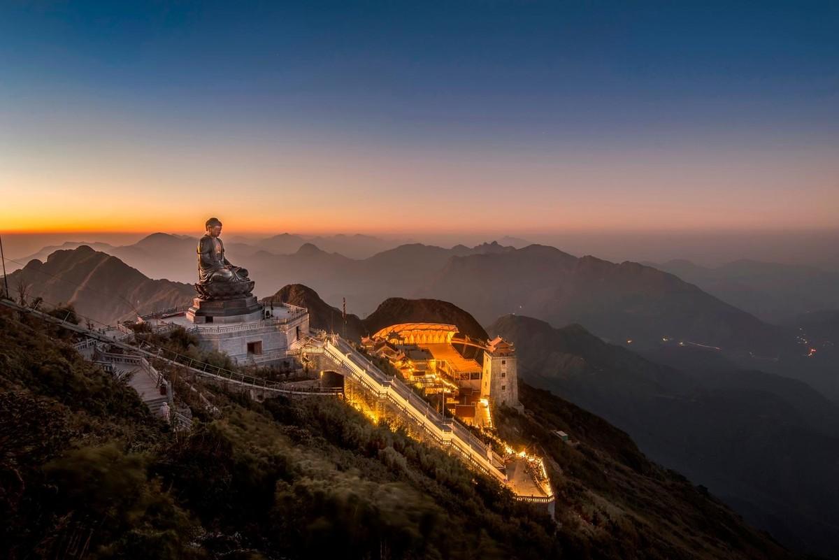 Nửa thập kỷ thắp sáng đỉnh Fansipan, gọi Sa Pa bốn mùa xuân về ảnh 21