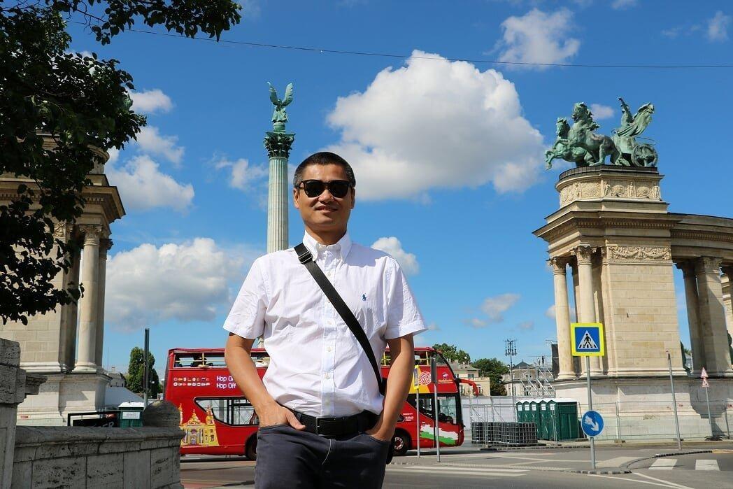 Chủ tịch Lux Group Phạm Hà: Chúng ta không thể thay đổi hướng gió, nhưng có thể thay đổi cánh buồm ảnh 29