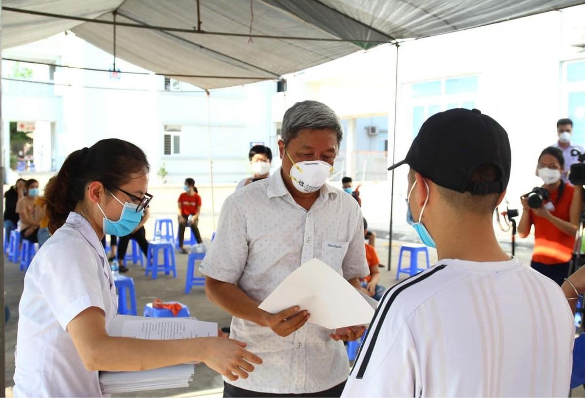 Bác sĩ tình nguyện tới tâm dịch: Không biết ngày về, chỉ hẹn bình an! ảnh 5