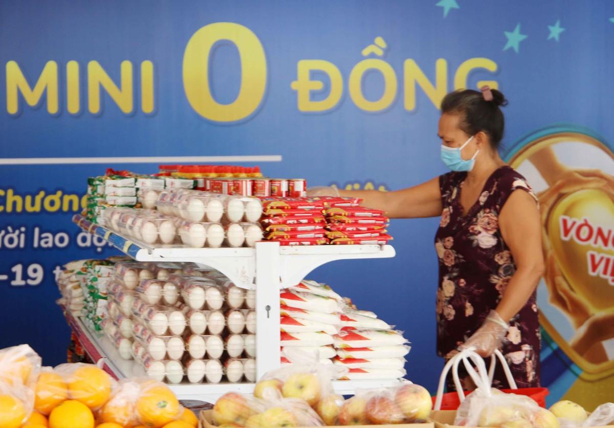 TP.HCM: Thêm 20.000 hộ dân khó khăn được tiếp sức từ siêu thị 0 đồng ảnh 3