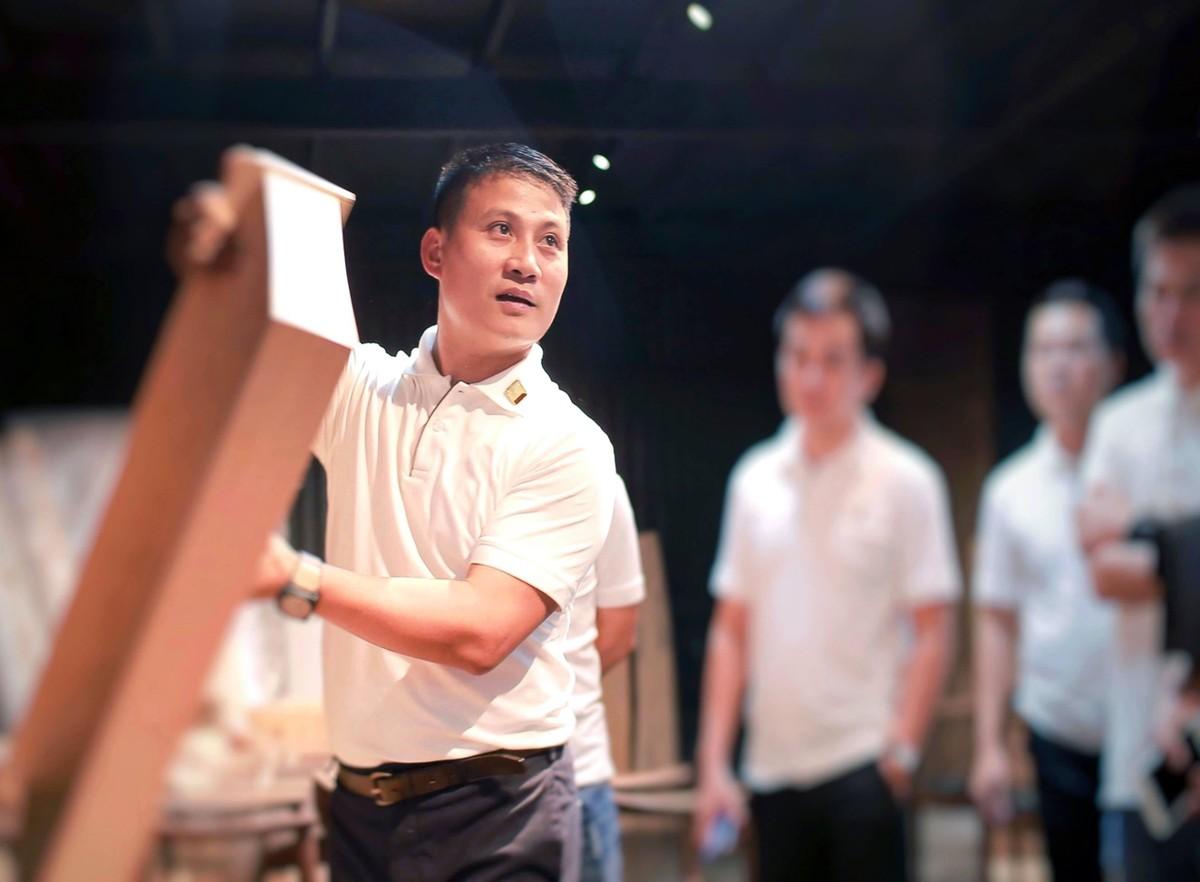 CEO Huy Phạm và cuộc dấn thân, trưởng thành cùng gỗ ảnh 2