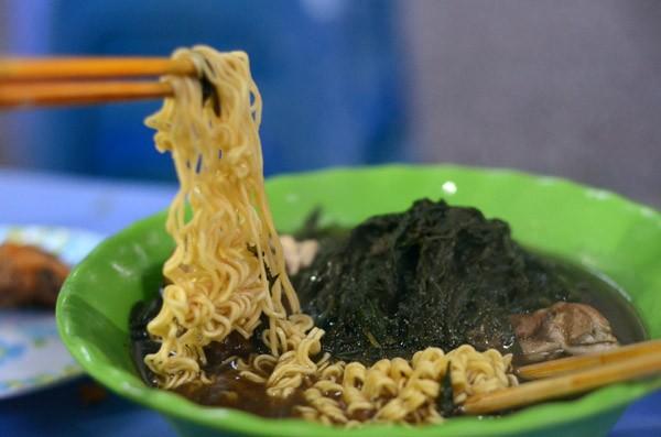 Những quán ăn đêm phố cổ Hà Nội nổi tiếng ảnh 2
