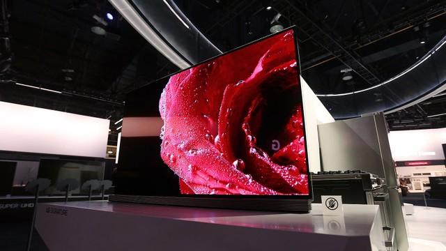 5 TV cao cấp giá trăm triệu đồng mới trình làng ảnh 4