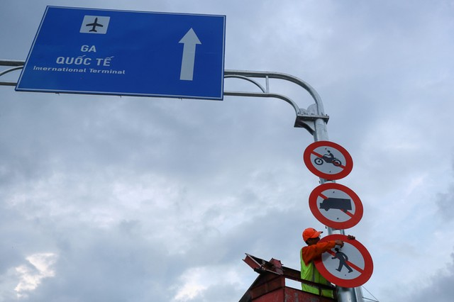 Cầu vượt vào sân bay Tân Sơn Nhất thông thoáng ngày khánh thành ảnh 4