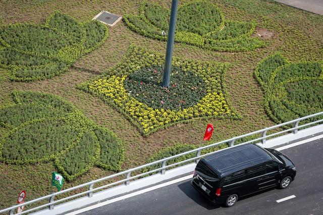 Cầu vượt vào sân bay Tân Sơn Nhất thông thoáng ngày khánh thành ảnh 8