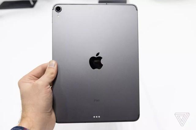 Ảnh thực tế iPad Pro 2018 viền siêu mỏng ảnh 4