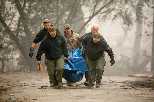 42 người chết vì cháy rừng ở California, ông Trump ban bố tình trạng thảm họa ảnh 1