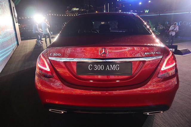 Mercedes C-class mới giá từ 1,5 tỷ - xe sang muốn lấy khách bình dân ảnh 4