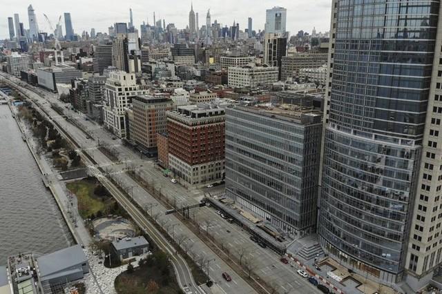 New York vắng tanh ảnh 2