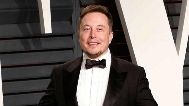 8 con đường kiếm tiền của Elon Musk trước khi trở thành tỷ phú ảnh 1