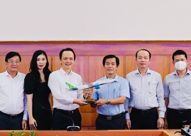 Thừa Thiên Huế xúc tiến quá trình nghiên cứu đầu tư nhiều dự án du lịch nghỉ dưỡng và đô thị của FLC ảnh 2