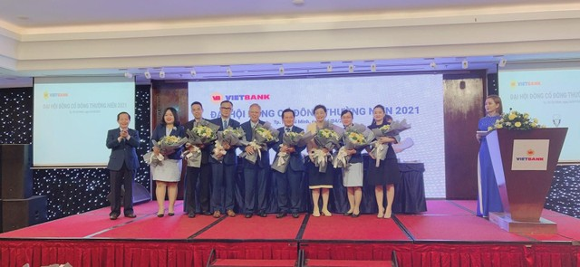 ĐHCĐ VietBank: Năm 2021 đặt mục tiêu lợi nhuận 1.100 tỷ đồng, nợ xấu thấp hơn 2% ảnh 1