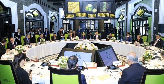 Các lãnh đạo APEC chụp ảnh chung sau họp cấp cao ảnh 5