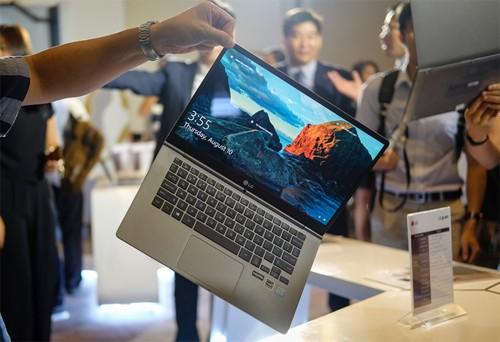 5 laptop mỏng nhẹ hấp dẫn nhất 2017 ảnh 1