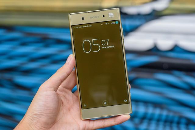 7 smartphone tầm trung nổi bật nửa cuối năm 2017 ảnh 1