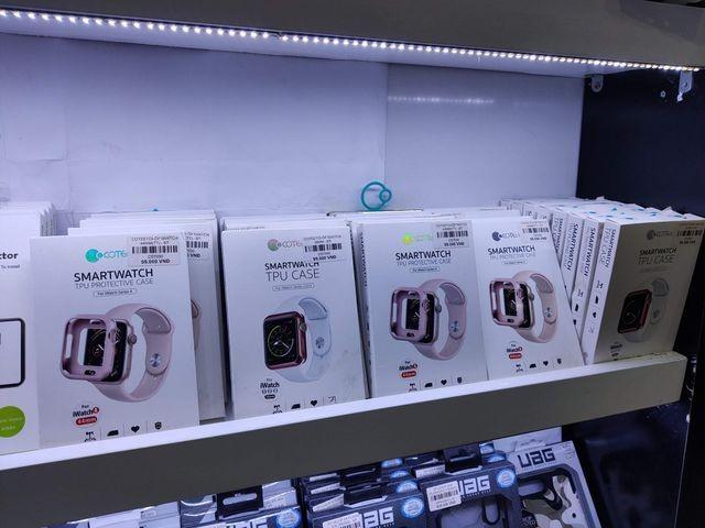 iPhone mới ế ẩm, các cửa hàng chuyên Apple đang sống nhờ vào thiết bị này ảnh 1
