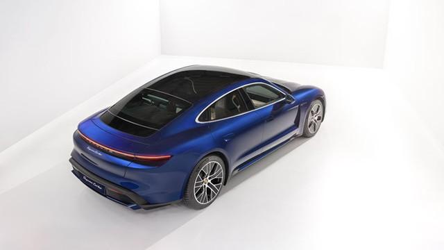 Porsche Taycan chạy bằng điện có gì cạnh tranh đối thủ Tesla ảnh 1