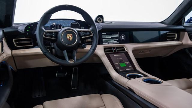 Porsche Taycan chạy bằng điện có gì cạnh tranh đối thủ Tesla ảnh 2