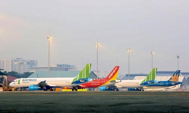 """Giám sát viên hàng không nhận lương """"khủng"""" hơn 200 triệu đồng/tháng ảnh 1"""