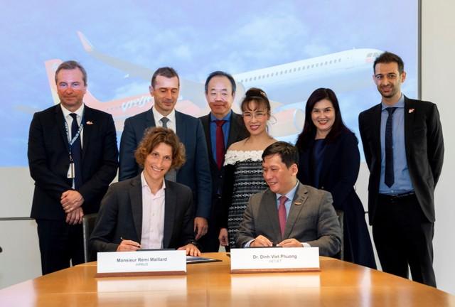 Vietjet và Airbus ký kết hợp đồng 20 tàu bay A321XLR ảnh 2