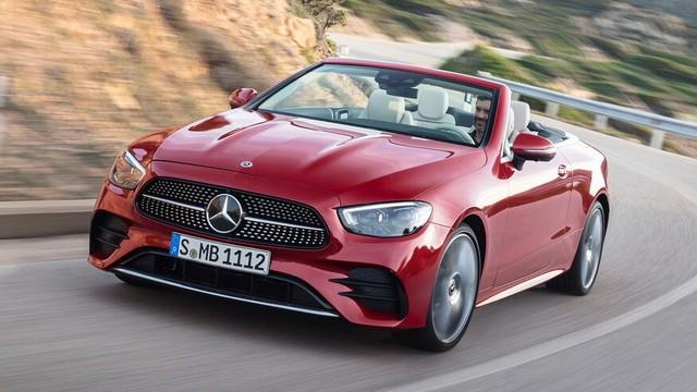 Mercedes-Benz E-Class 2021 Coupe và Cabrio ra mắt với phong cách thời trang sành điệu, bóng bẩy ảnh 1