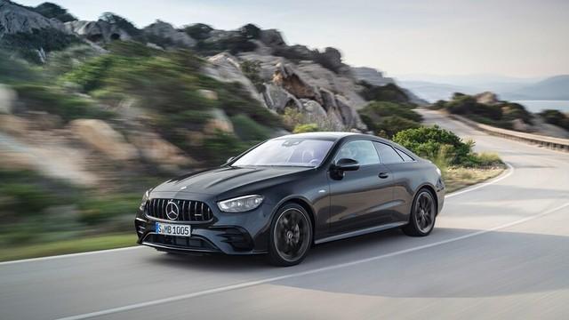 Mercedes-Benz E-Class 2021 Coupe và Cabrio ra mắt với phong cách thời trang sành điệu, bóng bẩy ảnh 4