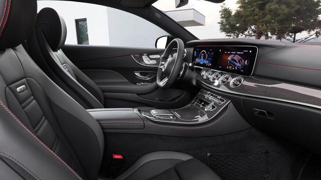 Mercedes-Benz E-Class 2021 Coupe và Cabrio ra mắt với phong cách thời trang sành điệu, bóng bẩy ảnh 6